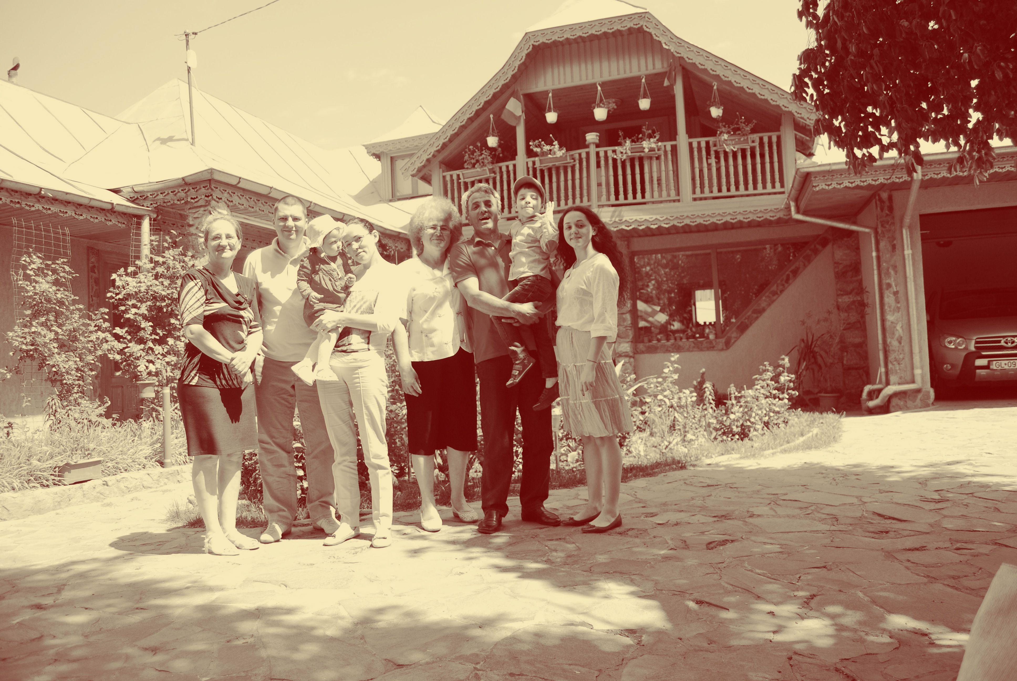 familie.gabrieladeleanu
