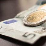 Cash sau Card în Călătorii?