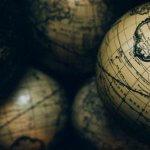 Cu ce te ajută să știi limbi străine