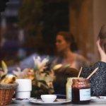 Adulting 101: Cum să nu-ți mai superi prietenii pentru că întârzii