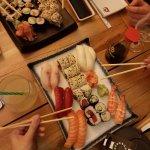 Locuri cu sushi și ramen în București: Edo, Japanos, Ai, Zen