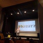 Creative Mornings București – Vlad Ivanov despre Onestitate